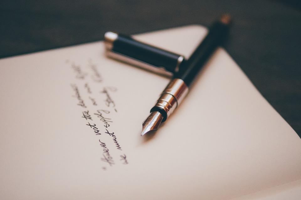 Stilografica-foglio-scritto-